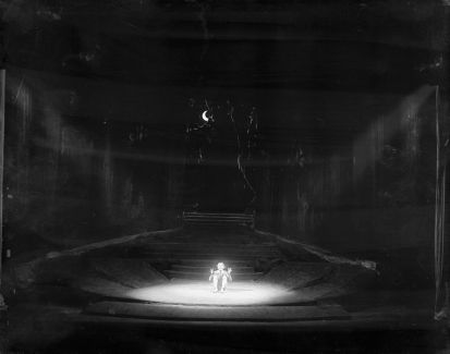 1930 Stage set up